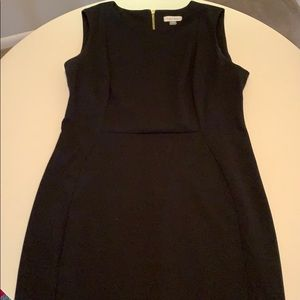 Simple, Form fitting Calvin Klein dress